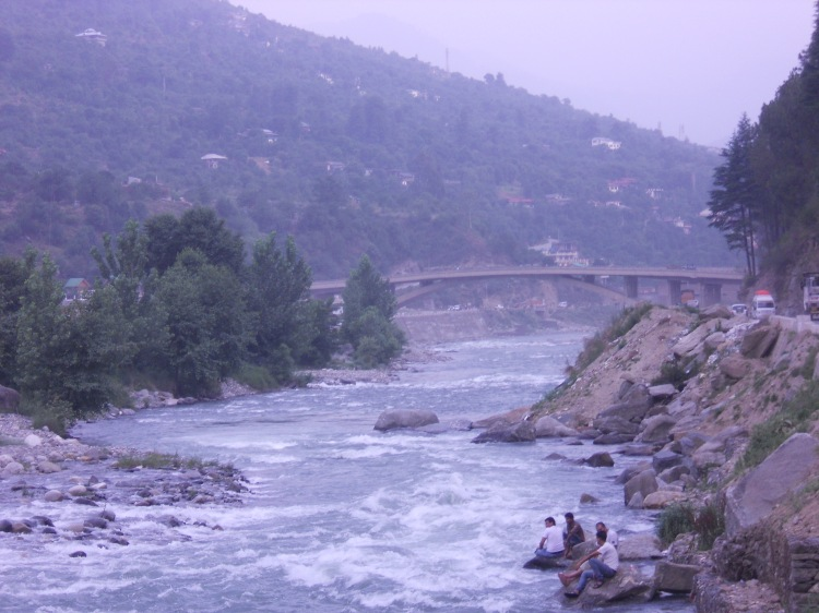 river in Kullu
